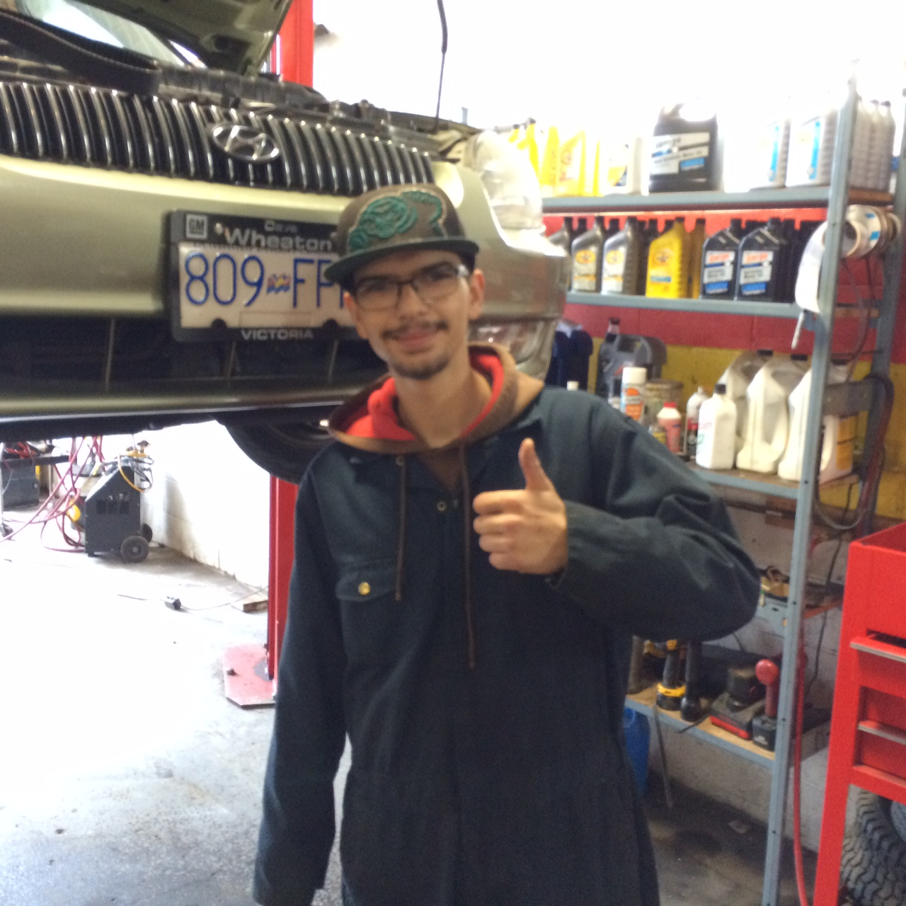 becoming a auto mechanic Inside auto mechanic careers tips for career choice and success biggest surprises  do your homework before becoming an automotive mechanic.